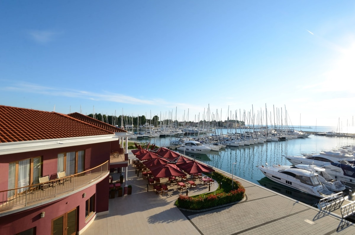 Hotel-Marina-Nautica